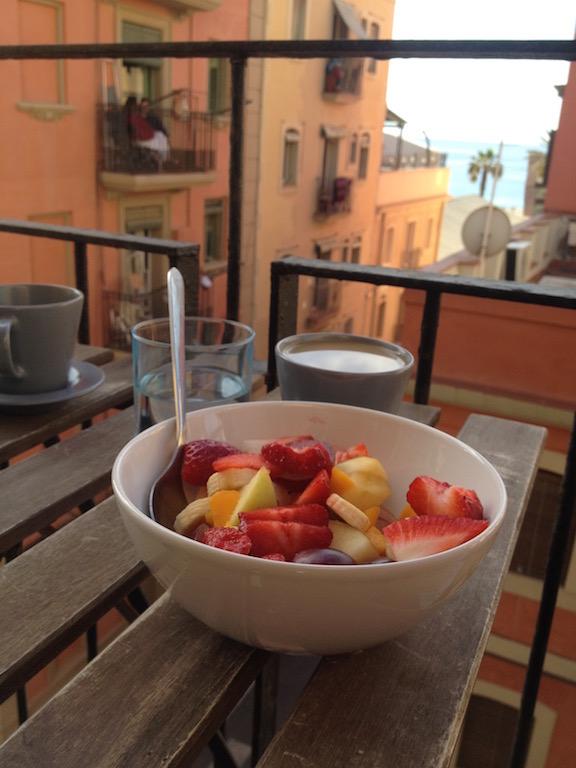 Barcelona-Tipps-Reiseguide-Travelblog-Barcaloneta-Apartment-Balkon