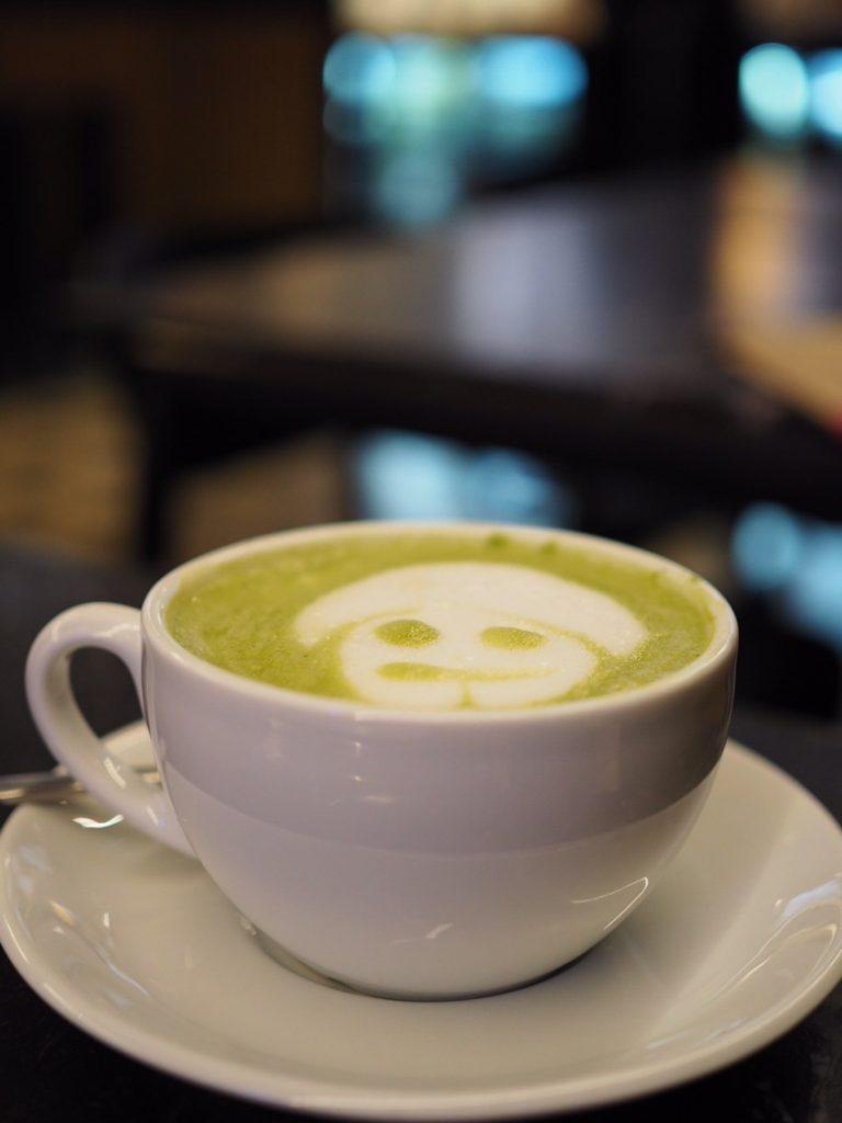 Restaurant Cafétipp Barcelona Enkel Matcha Latte