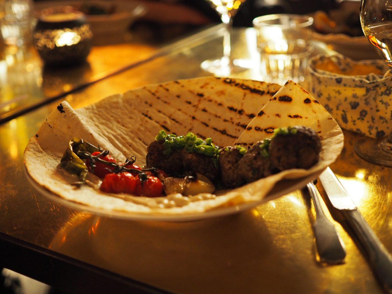 Hamburg-Restaurant-Tipp-Hafencity-NENI-Hamburg-NENI-Style-Kebab