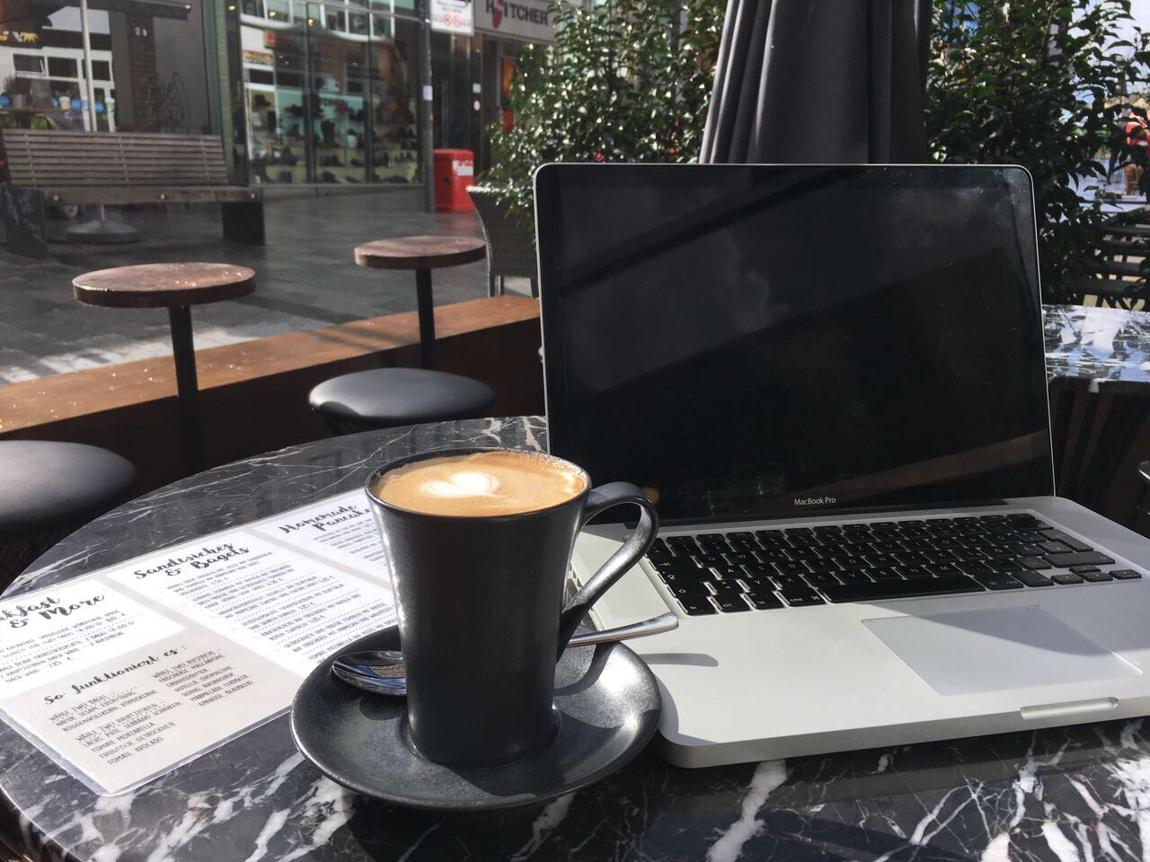 Hamburg-Restaurant-Café-Tipp-Rahlstedt-Little-Monsters-Homeoffice