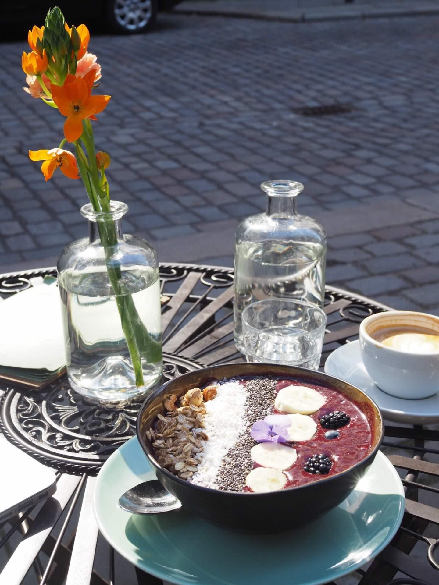Hamburg-Restaurant-Café-Tipp-Speicherstadt-Nord-Coast-Coffee-Roastery-Acai-Bowl2