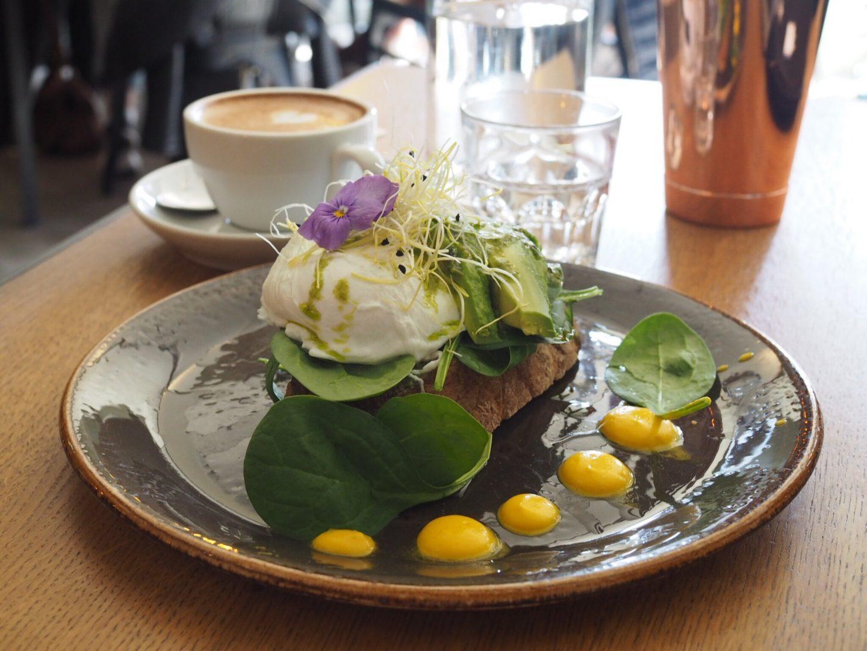 Hamburg-Restaurant-Café-Tipp-Speicherstadt-Nord-Coast-Coffee-Roastery-Avocadobrot2