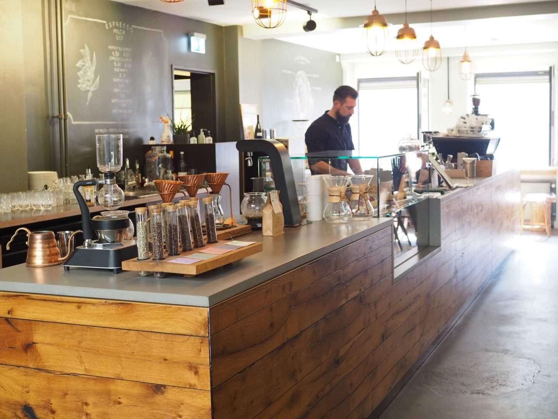Hamburg-Restaurant-Café-Tipp-Speicherstadt-Nord-Coast-Coffee-Roastery-Tresen